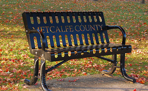 Metclafe County Lawn Bench